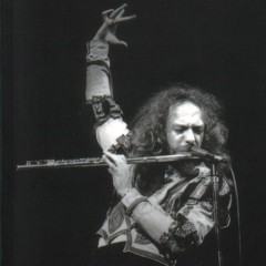 Jethro Tull, The Sacred Box!